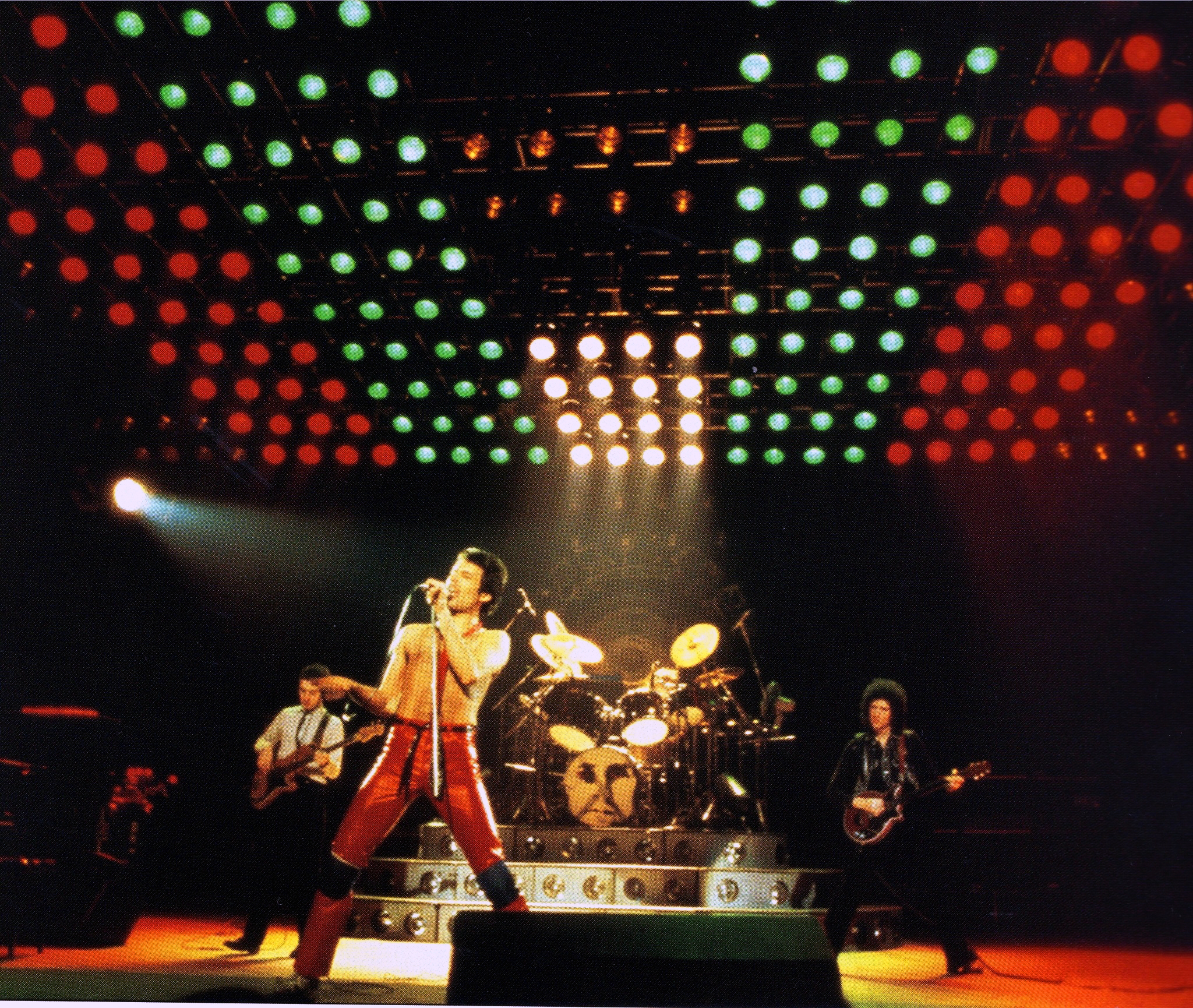 Queen live at Hammersmith.jpg