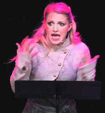Ashford playing Elle Woods at a Legally Blonde Workshop