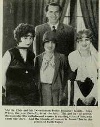 Gentlemen-prefer-blondes-1928-clipping07.jpg